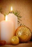 Dos blanco Advent Candles Foto de archivo libre de regalías