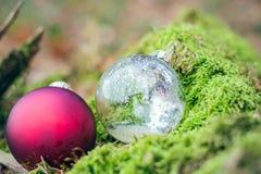 Dos bolas de la Navidad II Imágenes de archivo libres de regalías