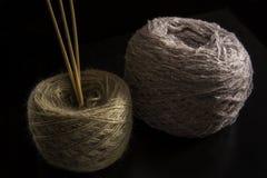 Dos bolas de lanas Imágenes de archivo libres de regalías