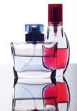 Dos botellas de perfume imagen de archivo