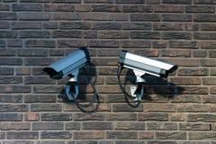Dos cámaras de vigilancia Imagen de archivo libre de regalías