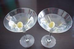Dos cócteles magníficos de Martini fotografía de archivo