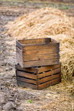 Dos cajas vacías de madera Imagen de archivo libre de regalías