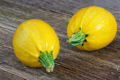 Dos calabazas amarillas Imagen de archivo libre de regalías