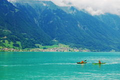 Dos canoas en un lago Fotografía de archivo