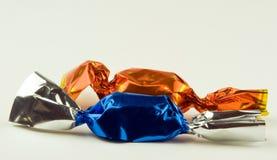 Dos caramelos de la pasta de azúcar de la Navidad Imagenes de archivo
