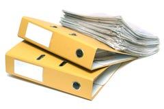 Dos carpetas y paquetes de documentos Imagen de archivo libre de regalías