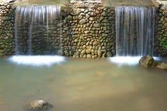 Dos cascadas Imágenes de archivo libres de regalías