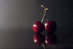 Dos cerezas Fotografía de archivo libre de regalías