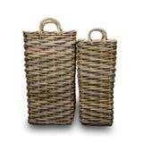 Dos cestas de mimbre, con un fondo blanco imágenes de archivo libres de regalías