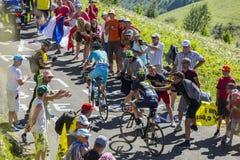 Dos ciclistas en Colombier magnífico - Tour de France 2016 Imagenes de archivo