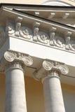 Dos columnas griegas clásicas Foto de archivo libre de regalías