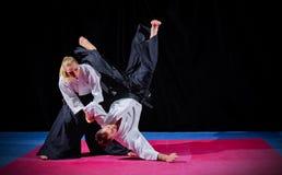 Dos combatientes de los artes marciales Foto de archivo