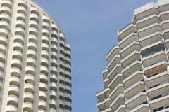 Dos concepto de la torre dos foto de archivo libre de regalías