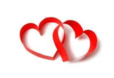 Dos corazones de papel rojos Fotos de archivo