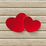 Dos corazones rojos de madera Fotografía de archivo