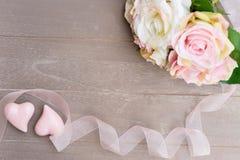 Dos corazones rosados Imágenes de archivo libres de regalías