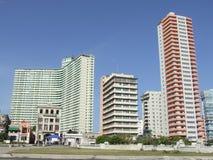 Dos de los edificios más altos de La Habana Foto de archivo libre de regalías