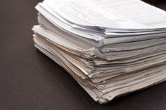 Dos de pile documents photos stock