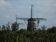 Dos de tres molinoes de viento Foto de archivo libre de regalías