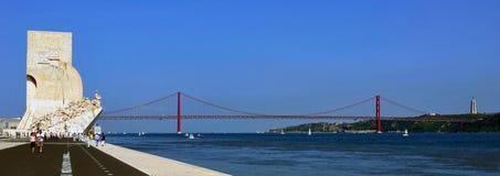 Dos Descobrimentos Padrão, Лиссабон, Португалия стоковые фотографии rf