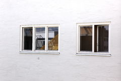 Dos diversas ventanas Fotografía de archivo