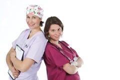 Dos doctores de sexo femenino jovenes Foto de archivo libre de regalías