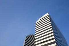Dos edificios modernos en la plaza Francia, Caracas, Venezuela fotografía de archivo libre de regalías