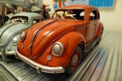 Dos escarabajos miniatura Imagen de archivo libre de regalías