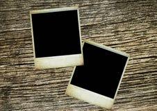 Dos fotos en blanco en textura de madera de la vendimia ilustración del vector