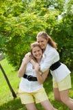Dos hermanas Foto de archivo libre de regalías