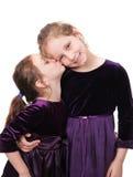 Dos hermanas junto imágenes de archivo libres de regalías