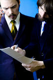 Dos hombres de negocios   fotos de archivo