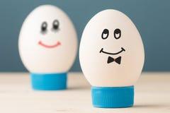 Dos huevos blancos Imágenes de archivo libres de regalías