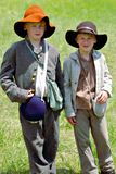 """Dos jóvenes Reenactors en el """"Battle del  de Liberty†- Bedford, Virginia imagen de archivo"""