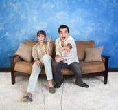 Dos jugadores del juego video Fotos de archivo libres de regalías