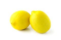 Dos limones amarillos grandes Fotos de archivo libres de regalías