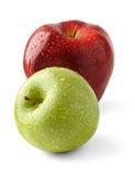 Dos manzanas frescas imagen de archivo libre de regalías