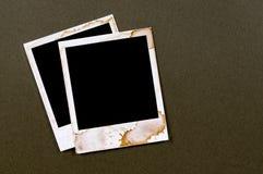 Dos marcos polaroid manchados viejo vintage de la impresión de la foto del espacio en blanco del estilo foto de archivo libre de regalías