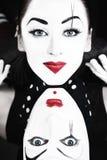Dos mimes con los ojos azules imágenes de archivo libres de regalías