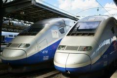 Dos motores Gare de l ` Est París del tren del TGV Fotografía de archivo