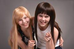 Dos muchachas adolescentes Fotografía de archivo libre de regalías