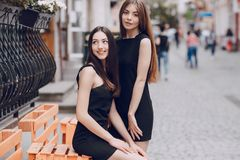Dos muchachas hermosas Foto de archivo