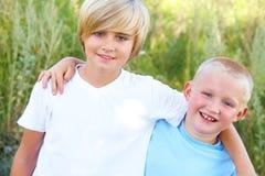 Dos muchachos Fotos de archivo libres de regalías