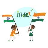 Dos muchachos, niños, adolescentes que sostienen banderas indias ilustración del vector