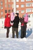 Dos mujer joven y abuelo con los niños Fotografía de archivo libre de regalías