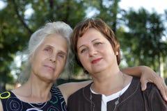 Dos mujeres Fotos de archivo libres de regalías