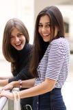 Dos mujeres jovenes Imagen de archivo libre de regalías
