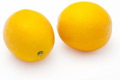 Dos naranjas frescas, aisladas Foto de archivo libre de regalías