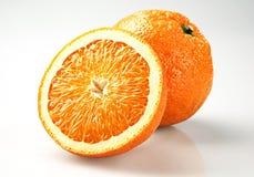 Dos naranjas recientemente cortadas Imagen de archivo